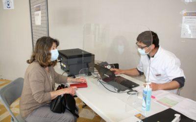 Près de 150 vaccinations par jour au centre de vaccination intercommunal Durance Sud à Meyrargues